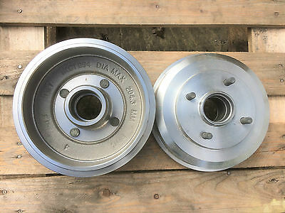 Bosch Brake Drums - 0986477102 - FORD Focus (98-04) **2 Supplied** REAR