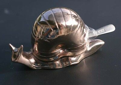 Snail individual salt cellar w/liner and salt spoon; silver?
