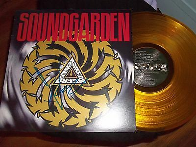 Chris Cornell Signed Autographed SOUNDGARDEN ORIGINAL YELLOW VINYL RIP GRUNGE
