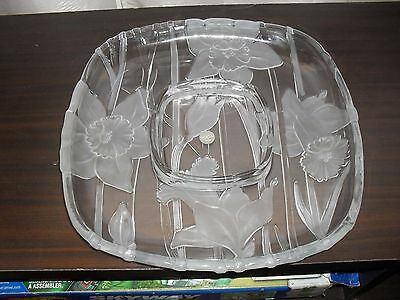Mikasa by Soga of Japan Crystal Juliana Square Serving Platter Frosted Daffodils