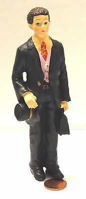 1/12th Scale Resin Male Standing Doctor Doll House Miniature Accessory