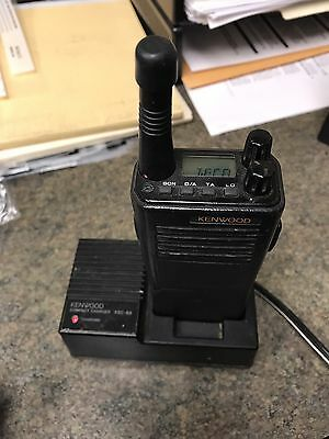 Kenwood TK-350 450-470 MHz UHF 4 Watt Portable