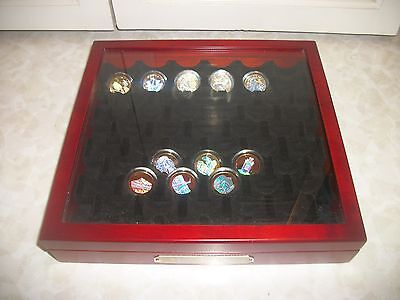 HOLOGRAPHIC GOLD-PLATED U.S. QUARTER COLLECTION BOX- with 11 Parks/Territories
