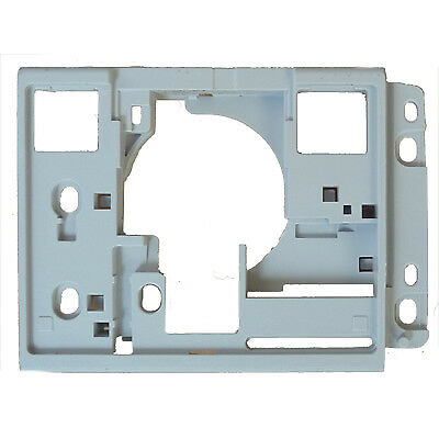Pfaff Hook Cover Retainer Plate