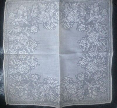Vintage Lovely Fine White Lace Embroidered   Ladies Handkerchief.. New/old.