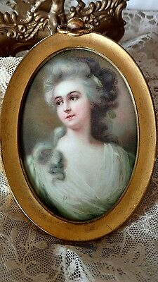 SWEET OLD vtg frame lady print VICTORIAN STYLE METAL