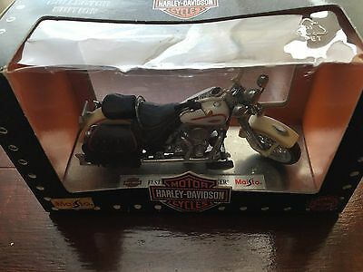 "Harley-Davidson Collectors Edition 1:18 scale Model FLSTS "" Heritage Springer """