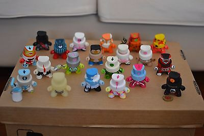 Kidrobot Dunny Fatcap Series 1 Complete Collection Including Rare & Chase
