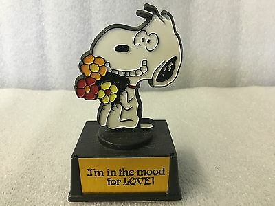"Vintage Snoopy Aviva Trophy ""In The Mood For Love"" Peanuts Charlie Brown"