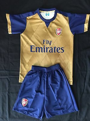 Arsenal Away Kids 2-Piece Soccer Set 2015/16