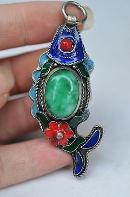 Exquisite silver inlay emerald fish shape pendant