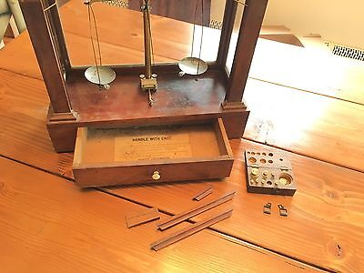 Antique 1920s HENRY TROEMNER Apothecary Assayers GLASS SCALE CASE