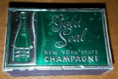 Vintage Gold Seal Winery Vineyard Match Box Keuka Lake Urbana Wine Hammondsport