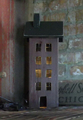 WOOD SALTBOX House Distressed Wood Wire Grate Windows Primitive Lighted House