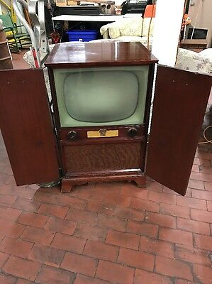 Vintage 1950's Dumont TV Television Round Screen In Cabinet