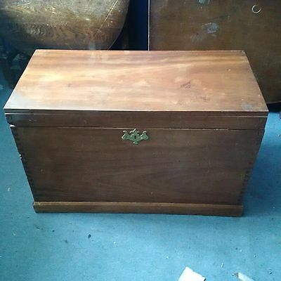 LARGE INDUSTRIAL / VINTAGE TRUNK Wooden Storage Chest / COFFEE TABLE