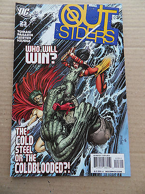 Outsiders 23 . DC 2009 - VF