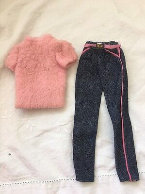 Vintage Barbie Doll DENIM BLUE Fashion JEANS & PINK FUZZY SWEATER Top 5315