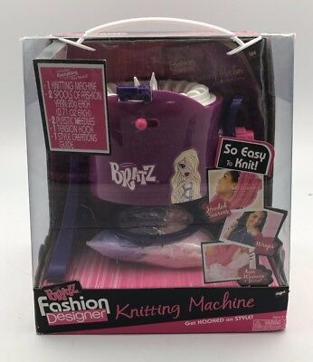 Bratz Fashion Designer Knitting Machine
