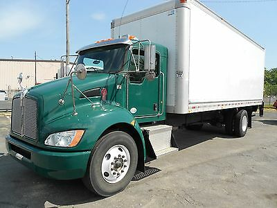 2012 Kenworth T270 with 24' Van Body and Lift Gate