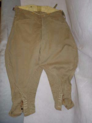 "*Vintage WW2 Gents Military Breeches Light Olive 30"" to 32"" waist*"