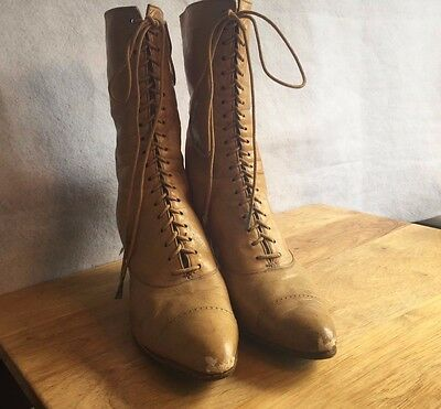 Victorian Ladies Spool Heel Lace Tieup Boots made in Chambersburg, PA