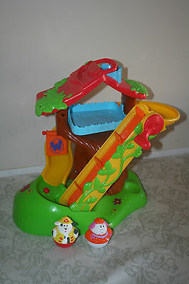 Hasbro Weebles Musical Treehouse Playset 2 Weebles