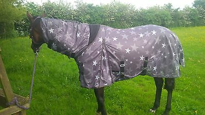 Star Grey Fly Rug with free fly mask horse pony