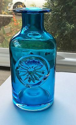 Eyecatching Vibrant Blue  Dartington Art Glass Vase /heavy Embossed Motiff