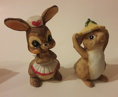 Vintage Set of 2 Brown Bunny Rabbit Figurines Hare Yellow Flower Hat 80's Vtg