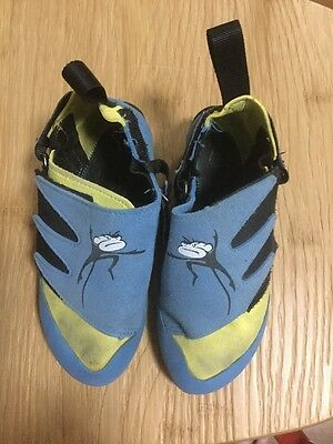 USED Mad Rock Climbing Shoes Children's Size 12