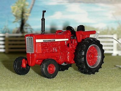 International 56 Series Wide Front Tractor Scale 1/64 Diecast New #46235