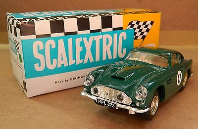 Scalextric Vintage Aston Martin Db4 With Lights In Lovely Boxed Condition (C68)