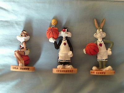 Looney Tunes Resin Figures Lola , Bugs ,& Sylvester