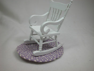 1:12 Scale Dollhouse Miniature Small Rocker Rocking White Chair With Rug #Z212B