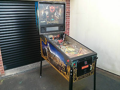 Lord of the Rings Pinball Machine - Superb conditon, Led's & fully Serviced