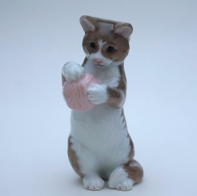 CAT figurine Royal Copenhagen NO.669