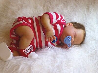 Reborn realistic baby. Limited Edition kit long sold out. Quality layette. Look!