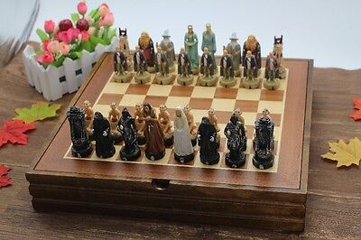 Lord of the Rings Resin Pieces Wooden Board Chess Set Collectors Unique Gift