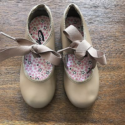 Capezio tap shoes size Girls 9 w wide Width Toddler Nude Beige