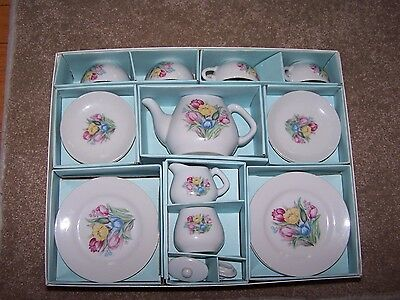 Antique/Vintage Childs China Tea Set Made In Japan In box-16 Piece - Missing 1
