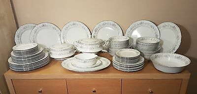Contemporary Noritake 67 piece Fine China Dinner set Garden City  3380