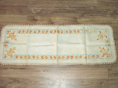"""Vintage Table Runner Embroidered Cream 14"""" x 40"""" (A)"""