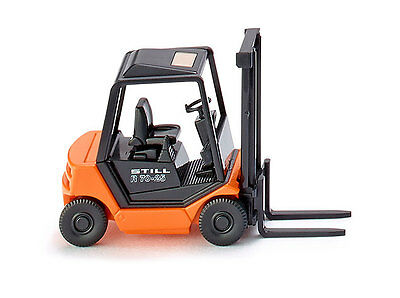 WIKING HO scale  - FORKLIFT - FULLY ASSEMBLED 1/87 scale model #066301