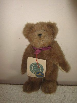 """cute 8"""" vintage BOYDS BEAR the archive collection WILSON brown soft bear TAGS"""
