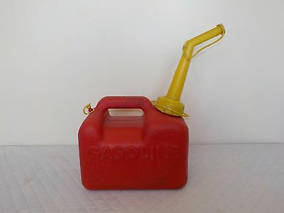 Chilton P-10 Sears Craftsman 1 Gallon 6 oz Red Plastic Pre Ban Vented Gas Can