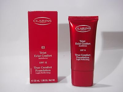 Clarins Teint Eclat Confort SPF 15  ,03 Clair opale - Soft ivory
