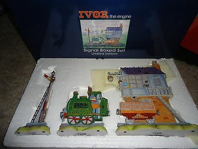 ROBERT HARROP IVOR THE ENGINE 127-500 BOXED 1st edition