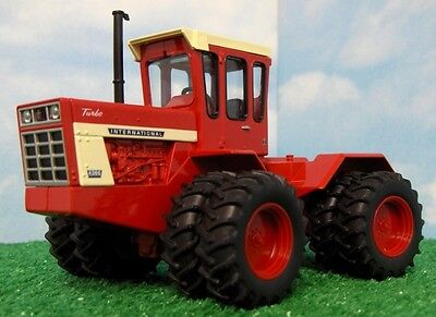 International 4366 Turbo Tractor Diecast Scale 1/32 Dual Wheels New