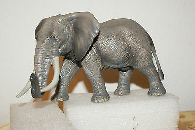 Elephant Male African from Wild Life Series by Schleich 2011